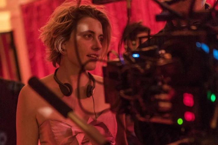 Greta Gerwig behind a camera